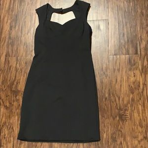 Black shift dress with keyhole in the back